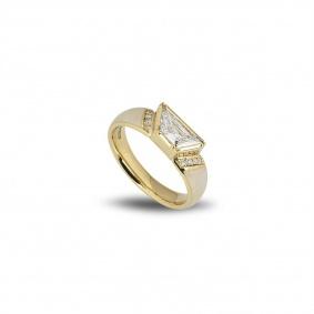 Yellow Gold Trapezium Cut Diamond and Enamel Ring